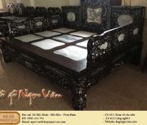 Giường ba thành gỗ gụ khảm ốc